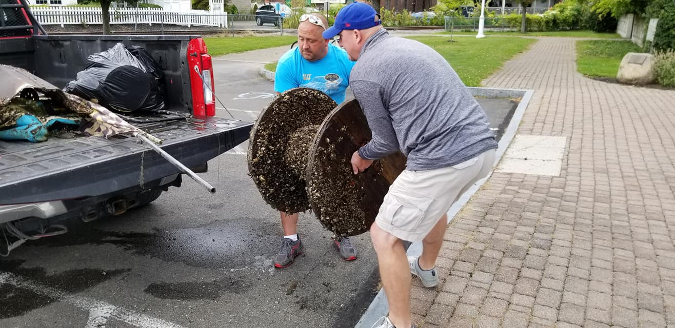 Scuba divers clean-up Watkins Glen Village Marina (photos)